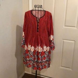 WOMANS PULLOVER BUTTON FRONT BLOUSE